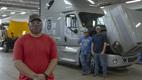 Truck Technician Receives Donation from Daimler Trucks North America